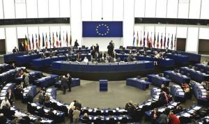 البرلمان الأوروبي يحذر من اتفاقية التجارة الحرة بين الاتحاد الأوروبي والولايات المتحدة