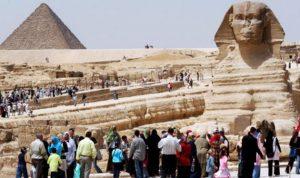 هل يعوض المصريون هروب السائحين العرب والأجانب؟