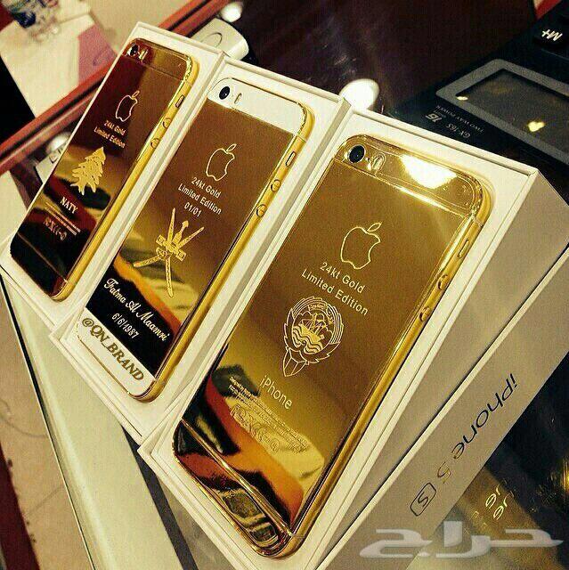 البدء ببيع أحذية من الذهب عيار 24 قيراط في دبي