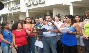 طلاب الجامعة اللبنانية يحتجون على زيادة الرسوم