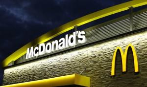 """بالفيديو.. أغرب عملية سرقة في تاريخ """"مكدونالدز"""""""