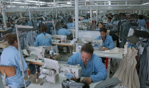 المرأة العاملة: حق المساواة في الأجر