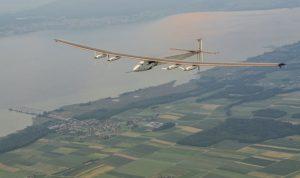 """طائرة """"سولار امبالس 2"""" تواصل رحلتها بين اليابان وهاواي"""