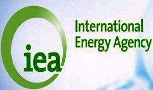 """الطاقة الدولية: تثبيت انتاج النفط قد يكون """"اثره محدودا"""""""
