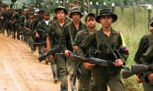 """مقتل إثنين في غارة جوية على متمردي """"فارك"""" في كولومبيا"""