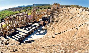السياح الجزائريون صمام أمان السياحة التونسية