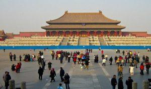 أطلبوا السيّاح… ولو من الصين