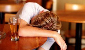 700 الف اصابة بالسرطان سنويا بسبب الكحول!
