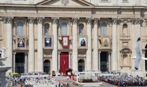 الخارجية: العلاقة مع الفاتيكان ممتازة