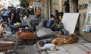 أزمة ديون اليونان تطاول المهاجرين