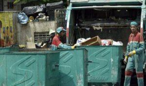 """أوضاع عمال """"سوكلين"""".. """"زبالة"""""""