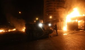 الجيش: عينٌ على الاعتصام وعينٌ على المعتصمين!