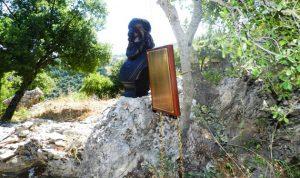 تمثال البطريرك عواد بحديقة البطاركة في 2 أيلول المقبل