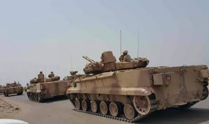 عشرات الآليات العسكرية من السعودية الى اليمن!