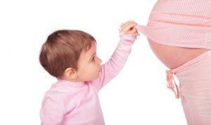 لهذه الأسباب يُنصح بالولادة بعد الأسبوع الـ40 من الحمل!