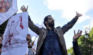 """الثورات العربية.. تعثّر الإقتصاد زاد """"خيبات الأمل"""""""