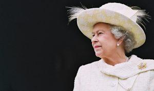 أستراليا تستعد لخلع الملكة إليزابيث من منصبها