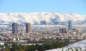 احتجاجات في السليمانية على تخفيض رواتب موظفي إقليم كردستان العراق