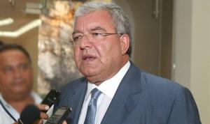 المشنوق: بهاء الحريري ليس مؤهلا للتعامل مع السياسة اللبنانية