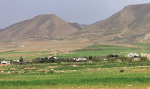 مزارعو القاع يرفضون رفع سعر المياه