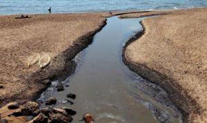 """""""بلدية بيروت"""" تُغرق الرملة البيضاء بالمجارير"""