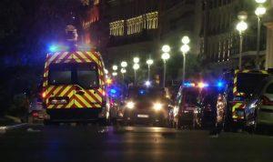 فرنسا.. إصابة 6 أشخاص إثر اصطدام سيارة بمطعم