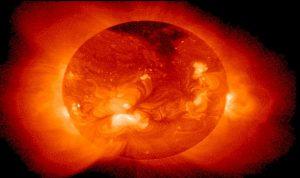 ثقب أسود عملاق في الشمس!
