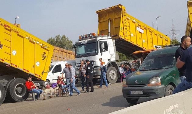 """""""مجزرة الطرقات"""": اراغيل اصحاب الشاحنات وتحطيم سيارات وتلاميذ في الأنفاق!"""