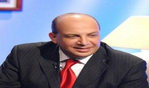 """حفلة شتائم ضد علي حمادة.. بسبب """"ماسحي الاحذية"""""""