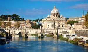 إصابة أسقف يقيم بمقر سكن البابا في الفاتيكان بكورونا