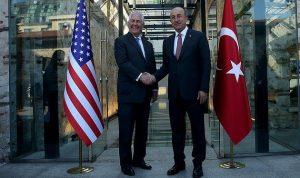 جاويش أوغلو وتيلرسون يبحثان الأزمتين السورية والخليجية
