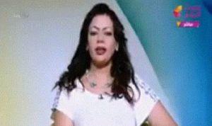 بالفيديو: مذيعة مصرية تعلن أنها غيّرت مسار إعصار إيرما!