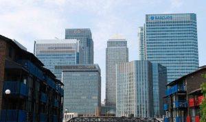 """رفع """"الطوق الأمني"""" عن الحي المالي في لندن"""