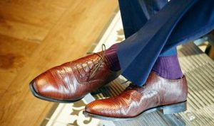 بالصور… الأحذية الرجالية تعود إلى عروض الأزياء الباريسية