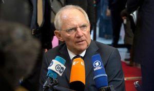 شويبله: اليونان خرجت من نفق الأزمة الإقتصادية