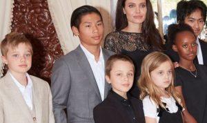 آنجلينا جولي تشعر بالرعب من معرفة أبنائها لماضيها