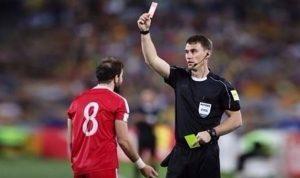علامات استفهام بشأن تغيير حكم مباراة أستراليا وسوريا؟