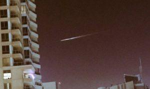 نيزك يخترق سماء دبي…ومدار الأرض