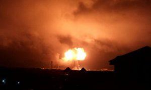بالصور والفيديو… انفجار في محطة وقود في غانا
