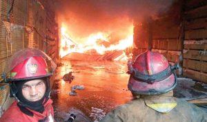 حريق مستودعات حواط للأخشاب ليس مفتعلا!