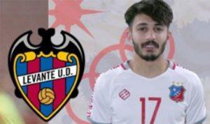 لاعب كويتي يستعد للإحتراف في الدوري الإسباني