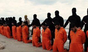 بعد عامين على استشهادهم… انتشال جثث 21 مسيحياً مصرياً!