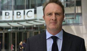 مدير الأخبار في BBC يستقيل… ما السبب؟