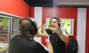 """بالفيديو… """"جنون"""" معلّقين عند تأهل بلادهما للمونديال"""