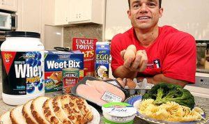 نصائح غذائية لبناء العضلات وحمايتها