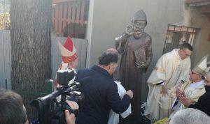 أول كنيسة للقديس شربل في أوكرانيا