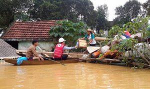 إرتفاع حصيلة ضحايا الفيضانات في فييتنام إلى 54 قتيلاً