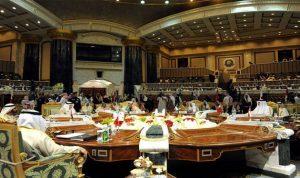 الكويت تدعو قطر الى قمة مجلس التعاون الخليجي