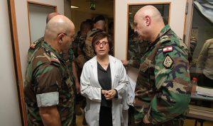 بالصور… قائد الجيش تفقد العسكريين الجرحى في اشتباك دار الواسعة