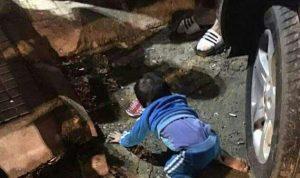 بالفيديو… طفل يسقط من الطابق الرابع ولم يصب بأذى